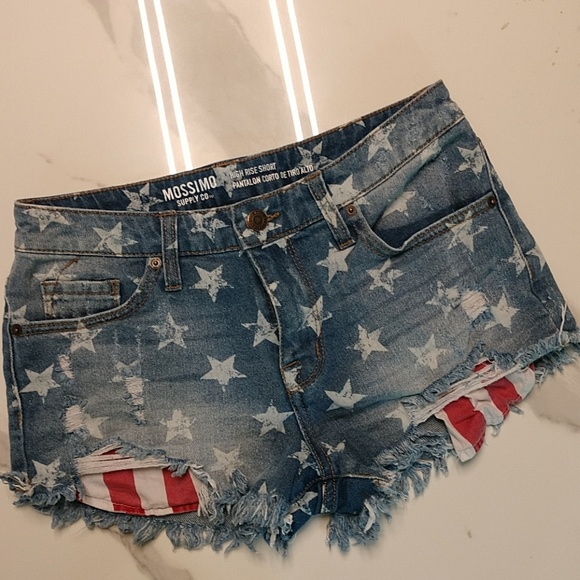 Mossimo Supply Co. Pants - Mossimo High Rise Patriotic Shorts size 4/27